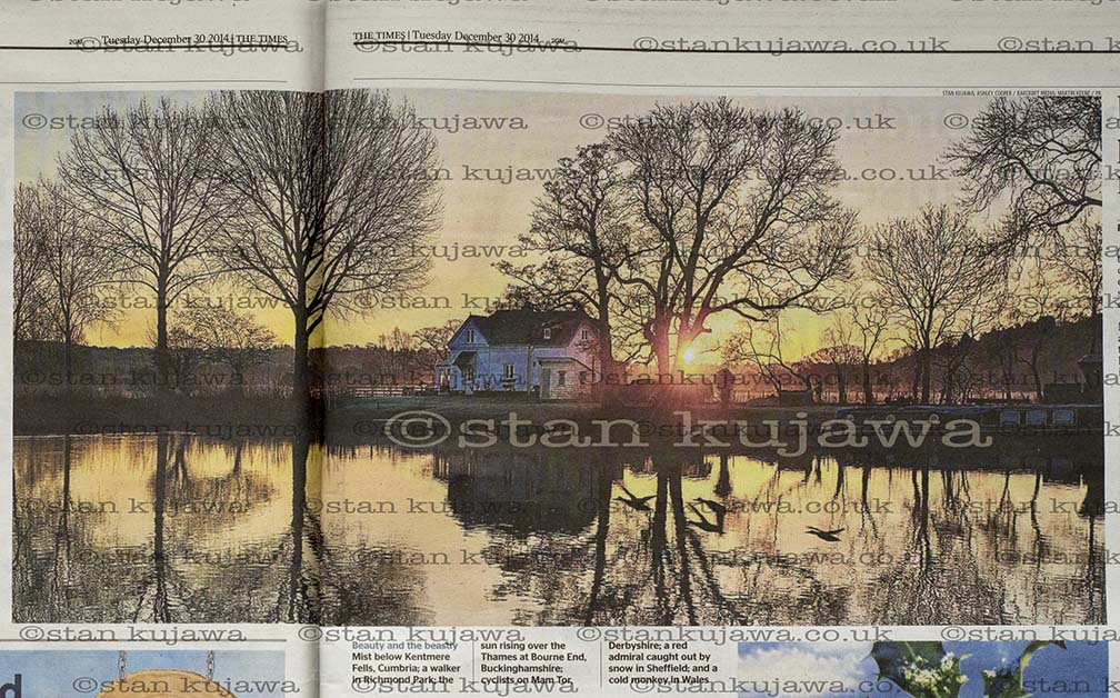 THE TIMES Pages 4/5. Sunrise over the River Thames at Bourne End. 30/12/2014. Photo ©Stan Kujawa. All Rights reserved. Image may not be used without the express written permission of the author. stan.pix@virgin.net www.stankujawa.co.uk