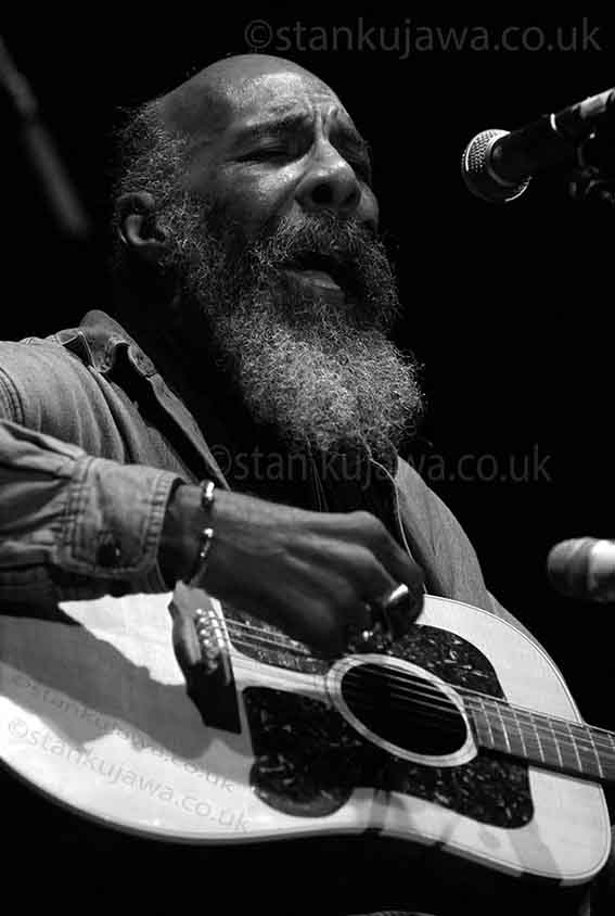 Ritchie Havens plays Womad Festival 2005 in Reading, England